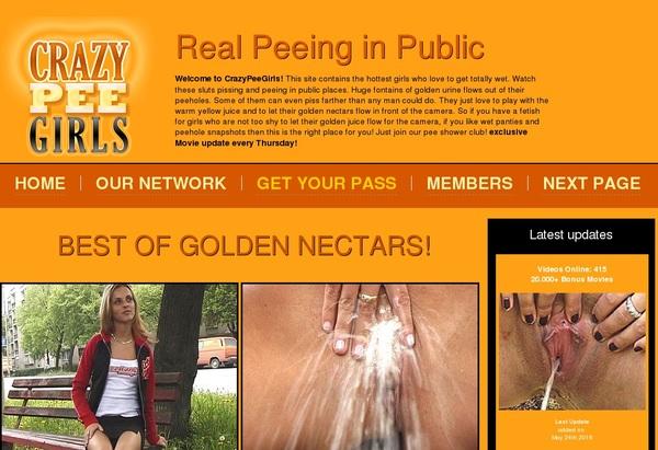 Crazypeegirls.com Photo Gallery